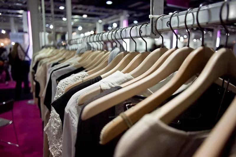 Как открыть производство одежды и найти покупателей